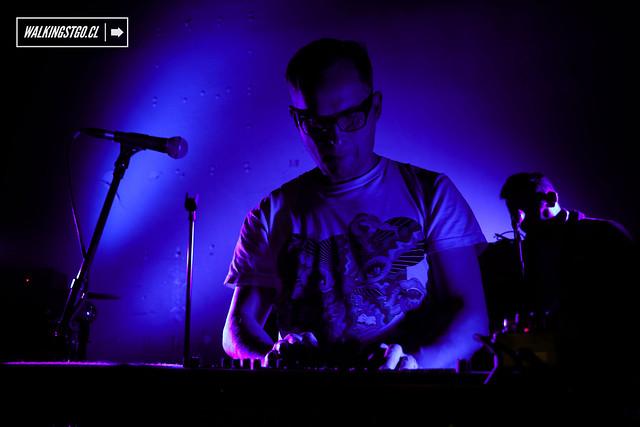 !!! (Chk Chk Chk) fotos en vivo del Dance-Punk en el Centro Arte Alameda -24.04.2015-