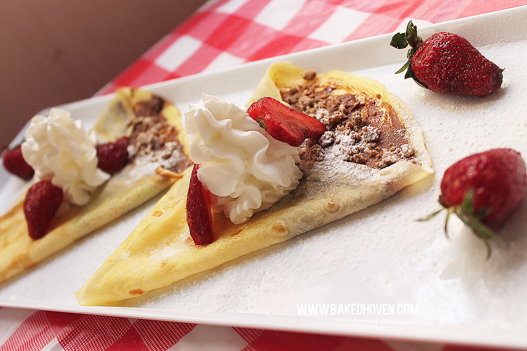 Chocnut Strawberry Crepes1