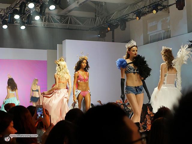 Triumph Fashion 3