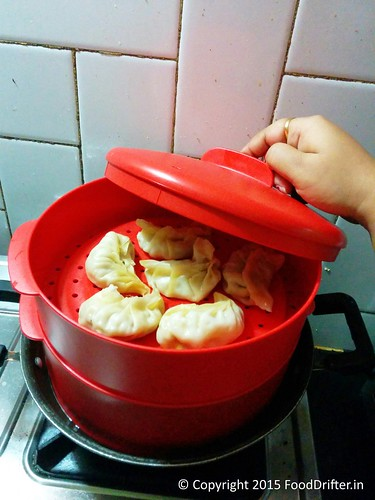 Tupperware Steam It - Momos