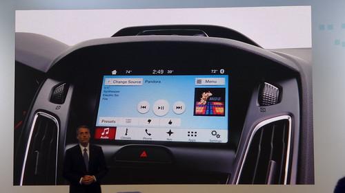 SYNC 3 ที่พัฒนาบนระบบปฏิบัติการ QNX มี UI สไตล์สมาร์ทโฟน