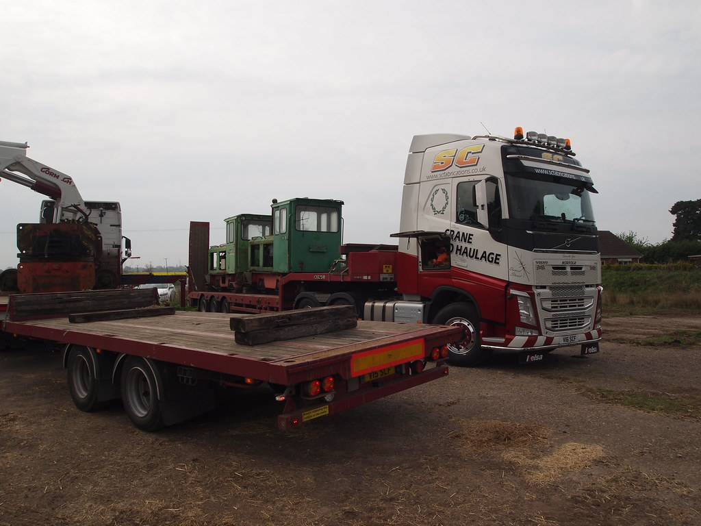 Schoma Lodocs arrive at Crowle Moor