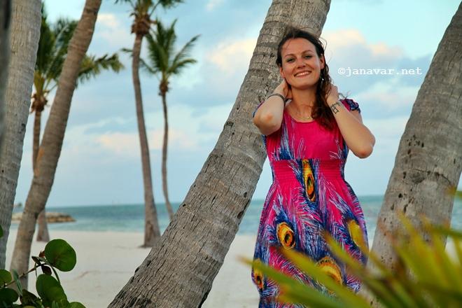 janavar.net-key west-outfit-beach-7