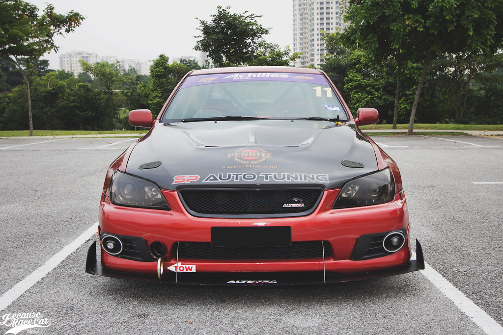 Frontal View Of Shazliu0027s Altezza. Here Show Takase Stout CF Hood, Custom  Front Splitter/diffuser From D Works Racing As Well As Black Radiator Grill  With ...