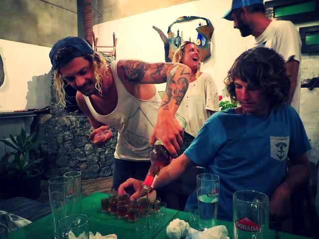 ron miel, pincha cabra, corralejo, restaurants in corralejo