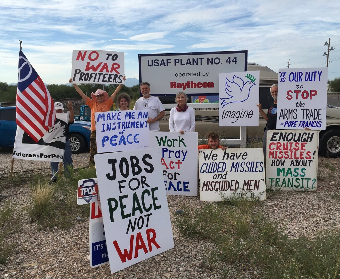 Tucson,AZ CNV Action 2016 - Vigil at Raytheon Missile Systems (4)