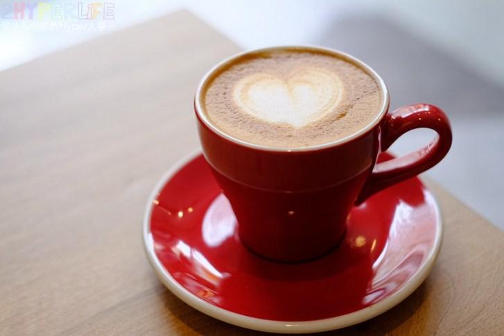 33548265818 5d4a6eaf35 c - 老闆闆娘是型男正妹的王甲咖啡,肉桂捲是招牌必點,沙鹿喝咖啡吃甜點的下午茶好地點!