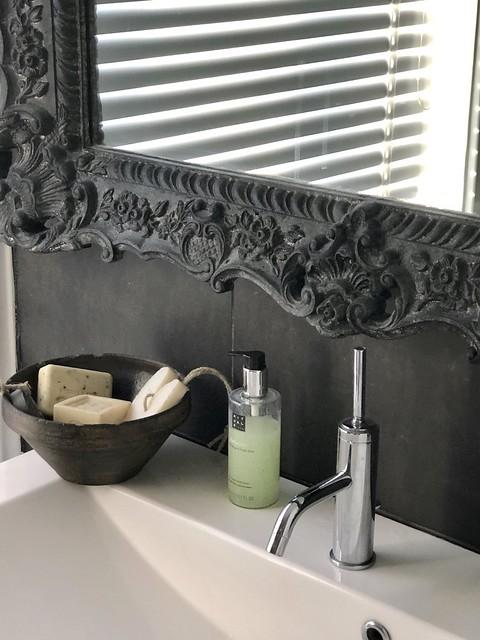Badkamer accessoires landelijke stijl