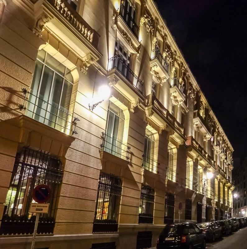 edificio Plaza y calle Alonso Martinez Madrid 03