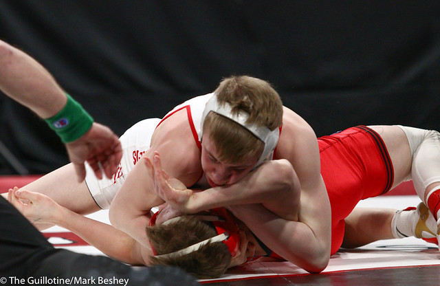 106AAA 1st Place Match - Pierson Manville (Shakopee) 53-2 won by fall over Jore Volk (Lakeville North) 39-4 (Fall 2:19) - 190302bmk0009