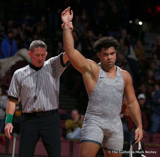 HWT: #1 Gable Steveson (Minnesota) dec. #9 Yousiff Hemida (Maryland) 7-3. 190210BMK0133