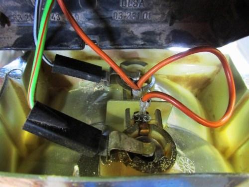 Tail Light Reflector Wiring Detail