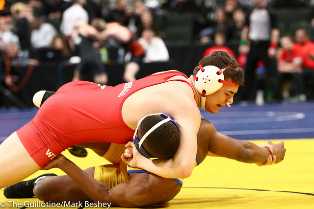 195 - Quarterfinal - Lincoln Shinn (Willmar) 33-1 won by fall over Godswill Pepple (Hastings) 41-11 (Fall 1:45) - 190301amk0055