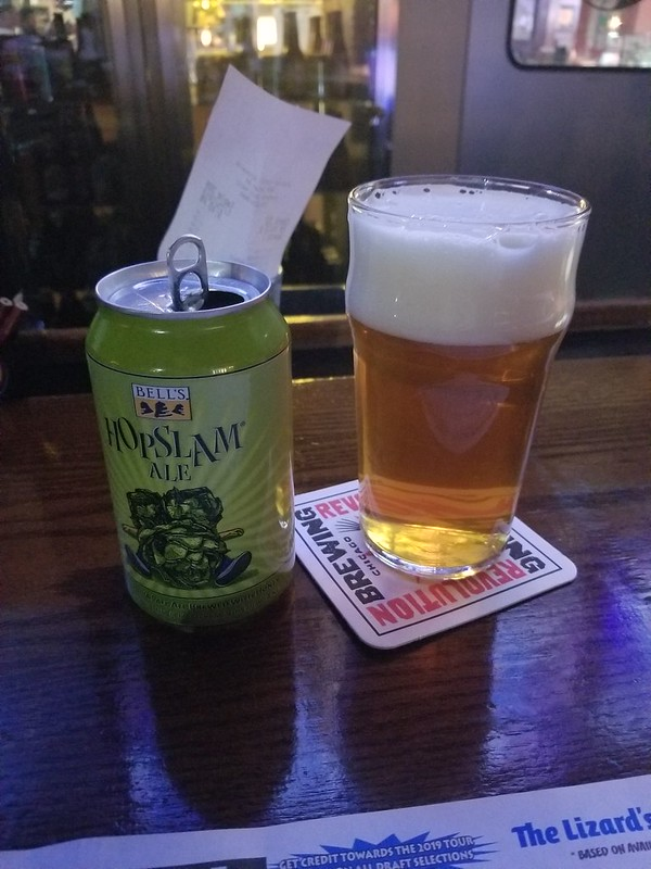 2019 Winking Lizard World Tour of Beers #10: Bell's Hopslam - Because Bob Higgins. Also, full out hoppiness. Love. It.