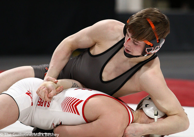 113AAA 1st Place Match - Paxton Creese (Shakopee) 53-1 won by decision over Ryan Henningson (Winona-Winona Cotter) 45-2 (Dec 6-5) - 190302bmk0049