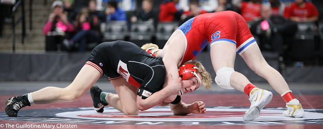 132AA 1st Place Match - Ryan Sokol (Simley) 51-0 won by fall over Charlie Pickell (Mankato West) 47-2 (Fall 5:56) - 190302BMC4440