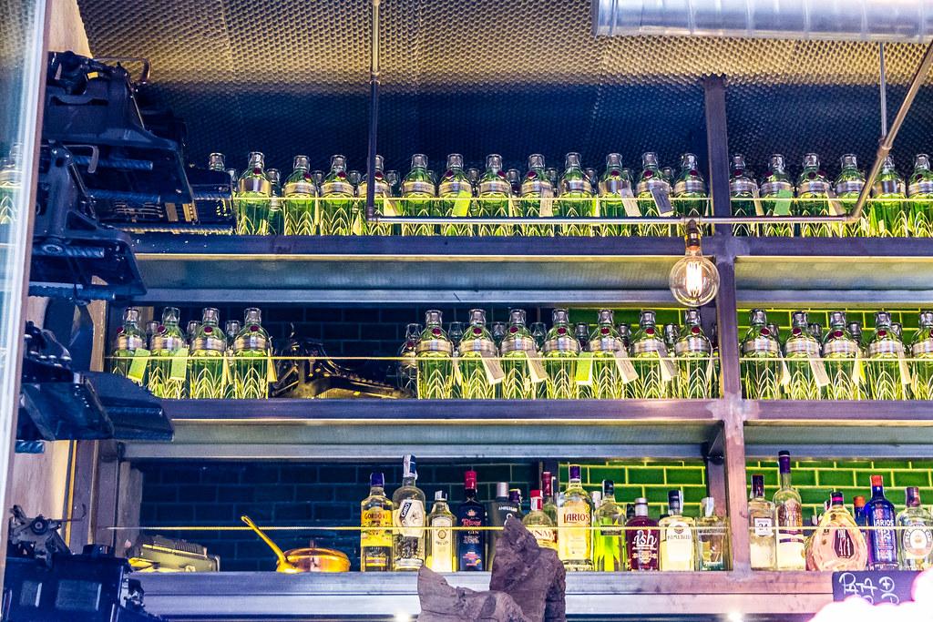 botellas Bar en barrio de Chueca Madrid