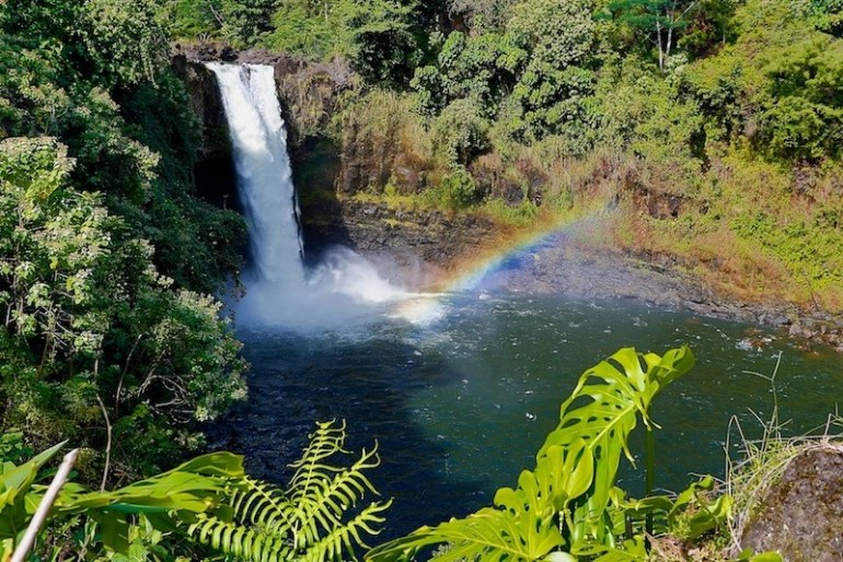 Planning a trip to the Big Island? Here's 10 place you must visit while you're there! - Hawaii Travel Tips, Big Island Things to do, Hawaii Volcano National Park