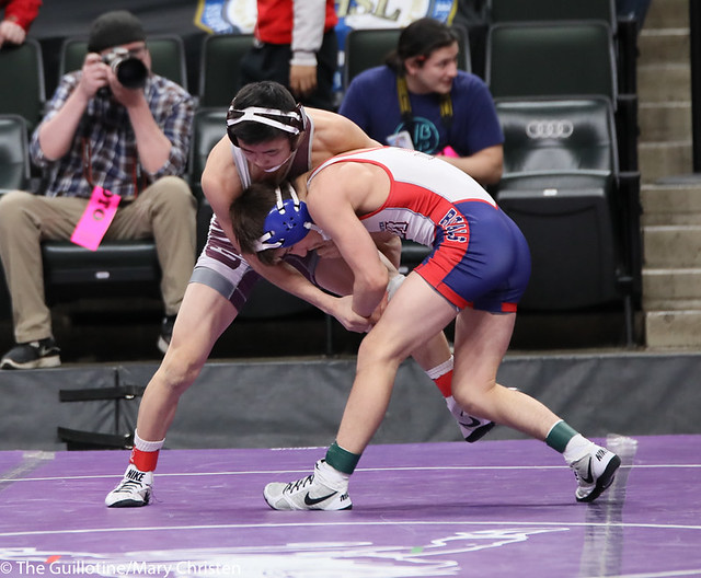 113AA 5th Place Match - Austin Gabbert (Watertown Mayer-Mayer Luth.) 36-3 won by major decision over Yim-Leej Yang (St Paul Johnson) 38-9 (MD 12-4). 190302BMC3594