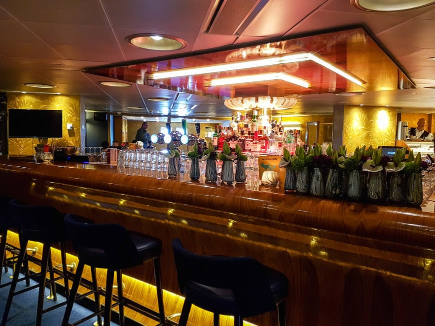 Picture of one of the bars on SS Rotterdam ship