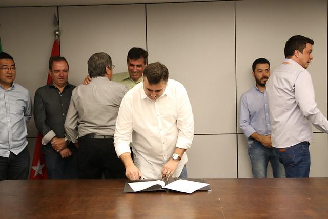 26.02.2019 Assinatura de termos de cooperação do programa Boa Praça