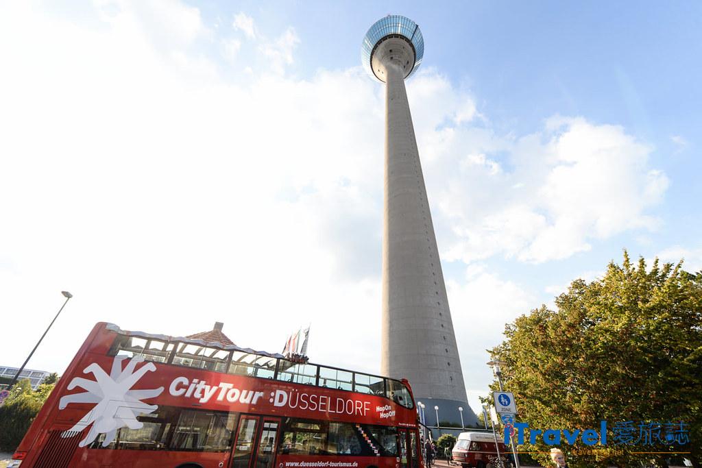 杜塞道夫景点 莱茵塔Rheinturm (1)