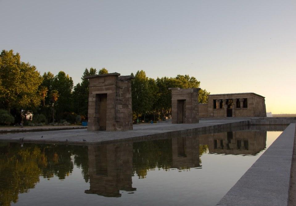 Atardecer en Templo de Debod egipcio Madrid 01
