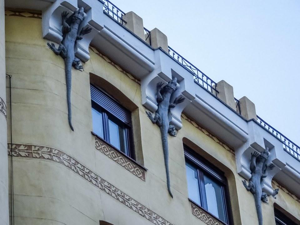 Casa de los Lagartos calle Mejia Lequerica Madrid 03
