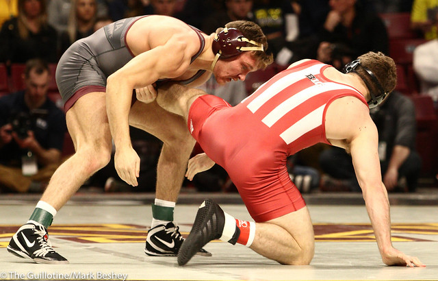 Champ. Round 1 - Devin Skatzka (Minnesota) 24-7 won by major decision over Jake Covaciu (Indiana) 16-10 (MD 10-0) - 1903amk0172
