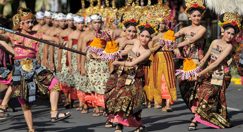 Pertunjukan musik dan tari festival PKB