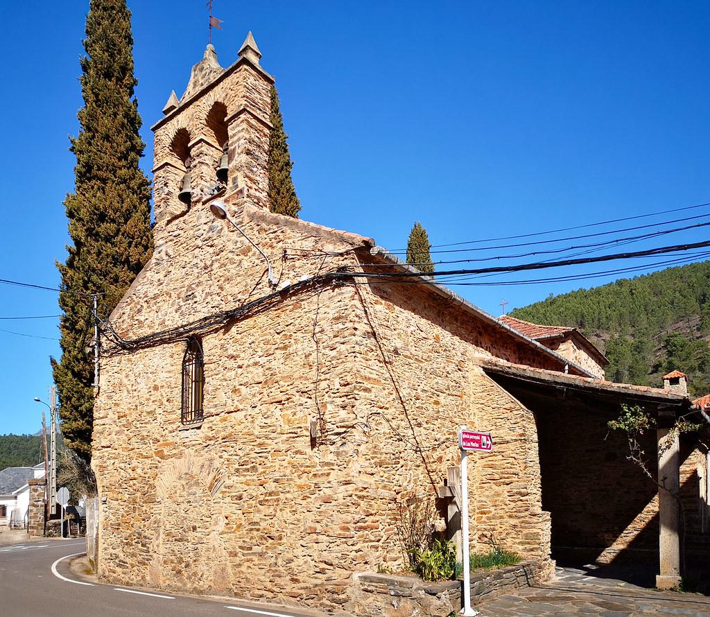 exterior Iglesia de Nuestra Señora del Carmen Las Mestas alqueria del municipio de Ladrillar Las Hurdes Caceres 01