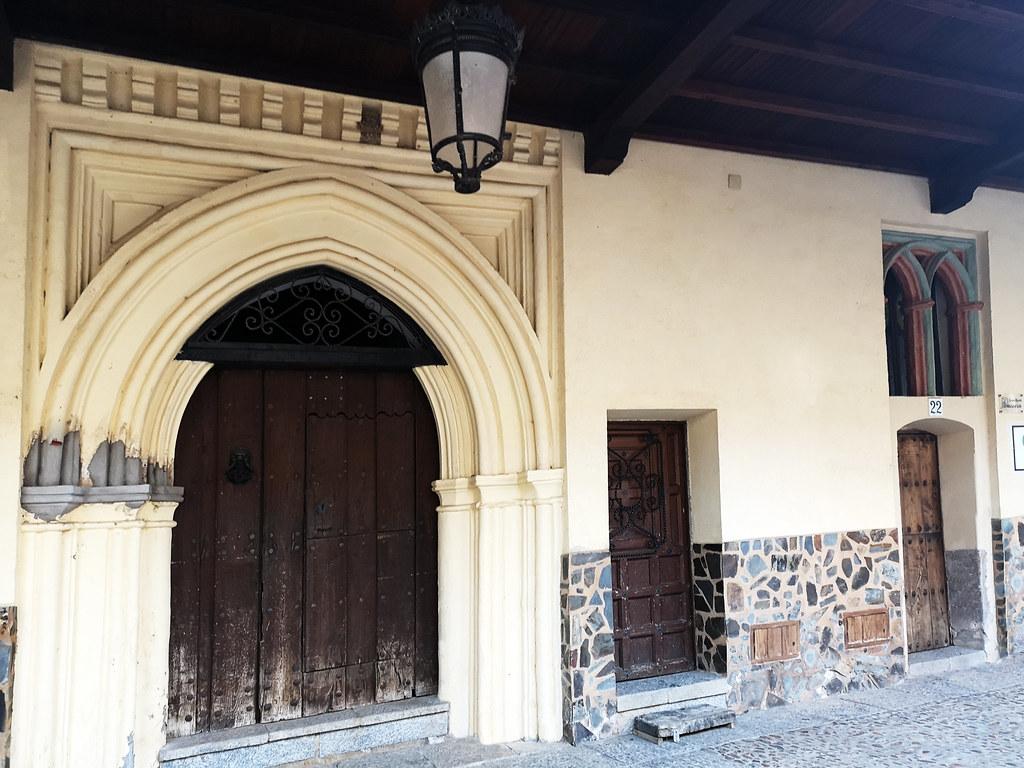 abaceria soportal calle Nueva de los Capellanes Guadalupe Caceres