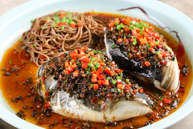 9. 韮菜籽醬香蒸大魚頭(98例)