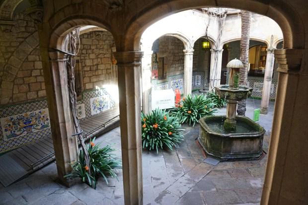 Arxiu Històric de la Ciutat de Barcelona inner court