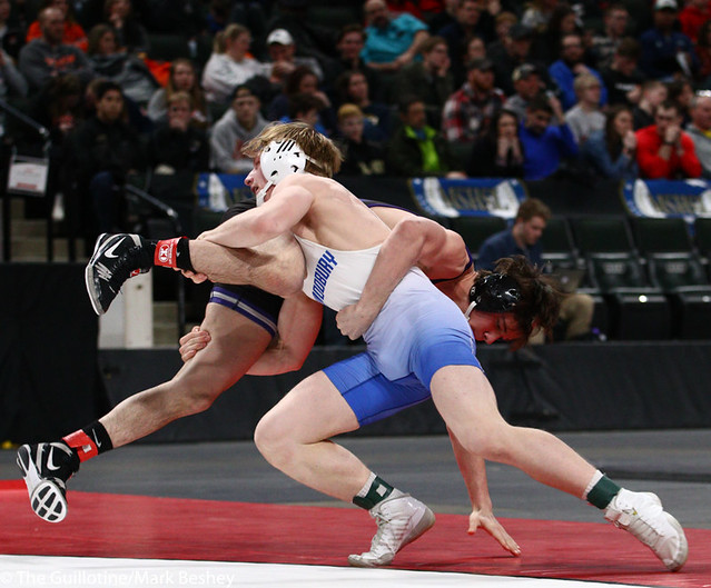 160AAA 1st Place Match - Gabe Nagel (Little Falls) 46-0 won by disqualification over Brock Rinehart (Woodbury) 47-4 (DQ) - 190302bmk0269