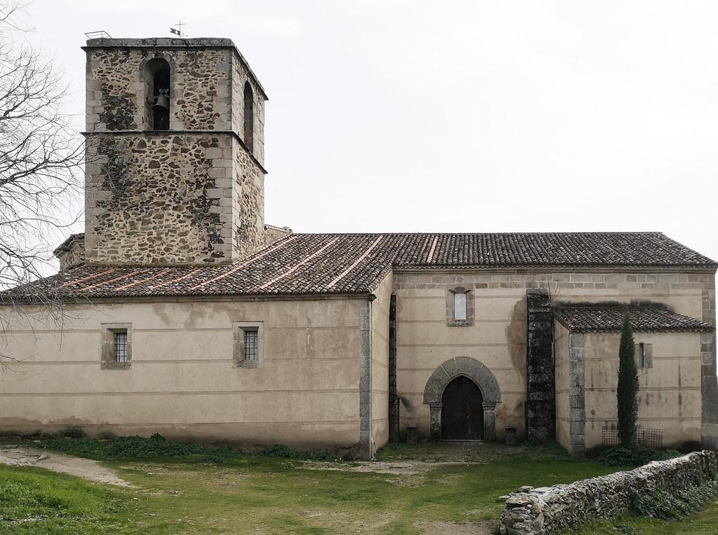exterior Iglesia de la Asuncion de Granadilla Caceres 01