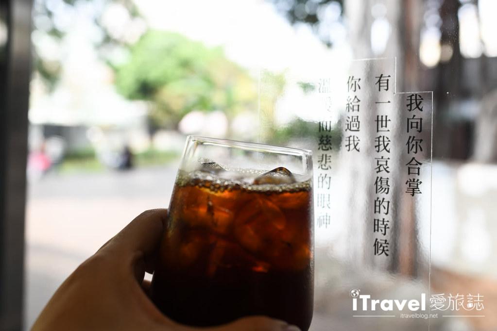 台中咖啡廳推薦 幸卉文學咖啡 (43)