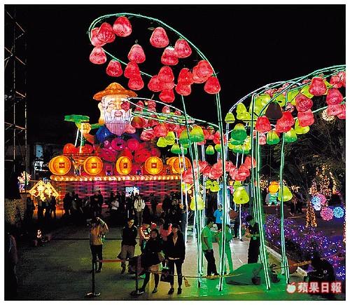 東港,燈會,元宵,台灣燈會,陸海空,無人機,,巨鮪來富,接駁車,燈光秀,