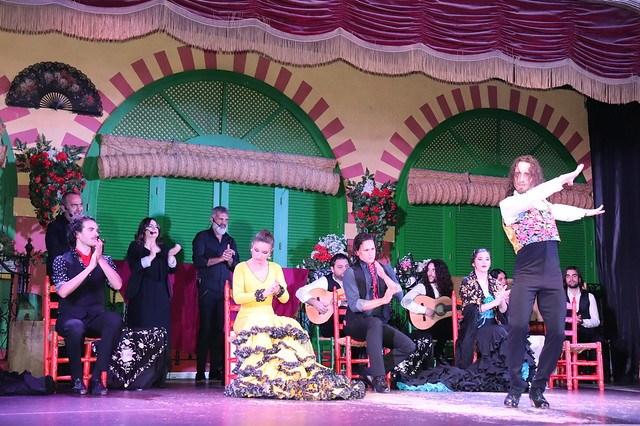 Espect culo flamenco en sevilla acudir a un show flamenco for Espectaculos en sevilla