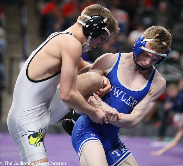 132AA 3rd Place Match - Cade Lundeen (Thief River Falls) 49-2 won by decision over Leighton Rach (Perham) 39-11 (Dec 5-1). 190302BMC3703