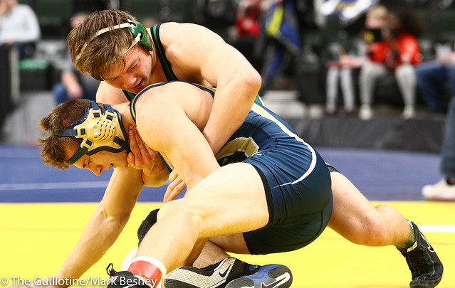 170 - Quarterfinal - Chase Dressel (Mounds View) 43-4 won by major decision over Matt Boyum (Chaska) 25-5 (MD 9-1) - 190301amk0043