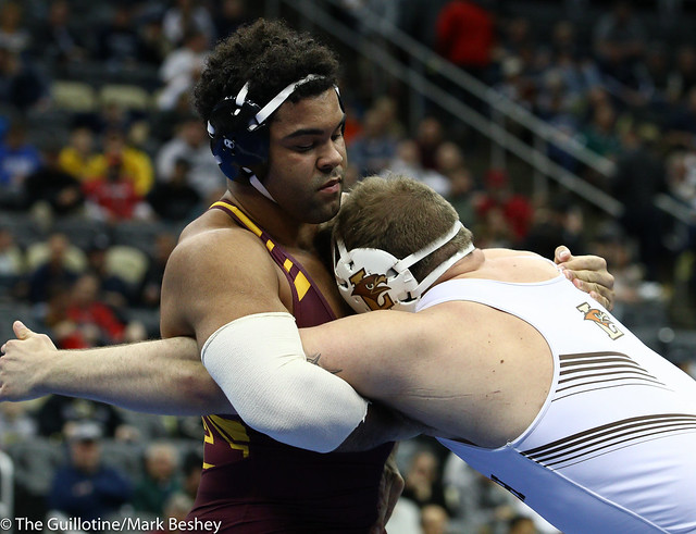 3rd Place Match - Gable Steveson (Minnesota) 35-2 won by decision over Jordan Wood (Lehigh) 25-5 (Dec 4-0) - 190323emk0111
