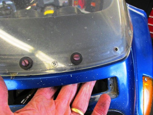 Accessing Front Windscreen Screws From Parking Light Cutout