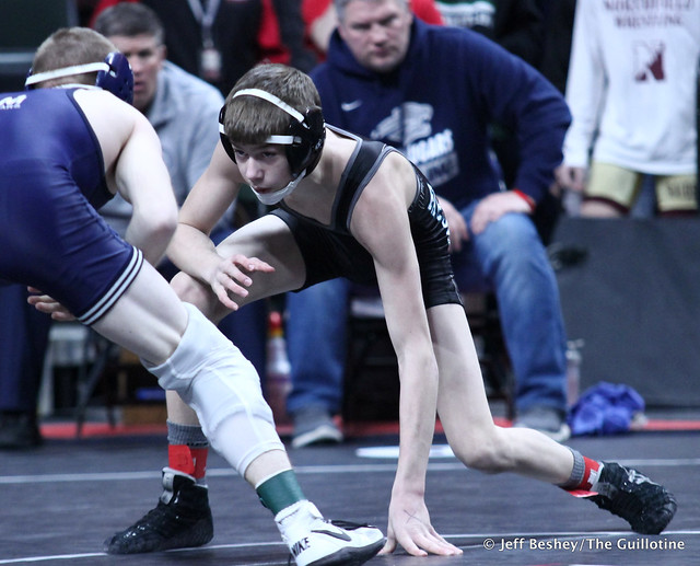 106A Semifinal - Michael Majerus (Zumbrota-Mazeppa) 40-10 won by decision over Cole Holien (Atwater-Cosmos-Grove City) 37-10 (Dec 10-6). 190302AJF0019