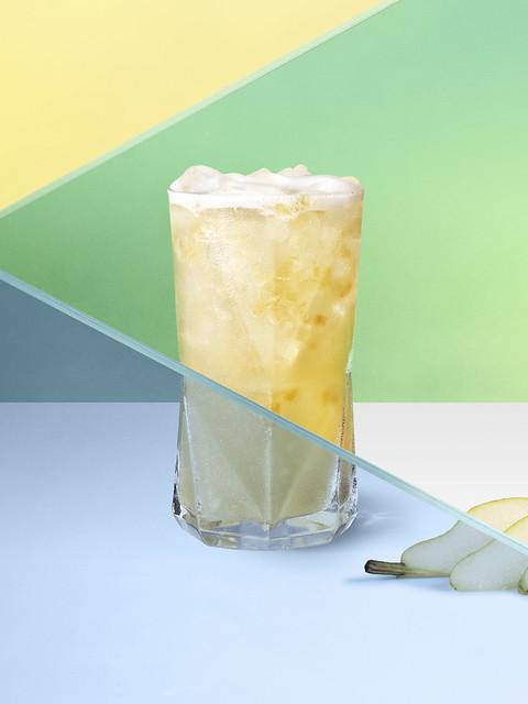 Starbucks_Iced Poached Pear Chamomile Tea