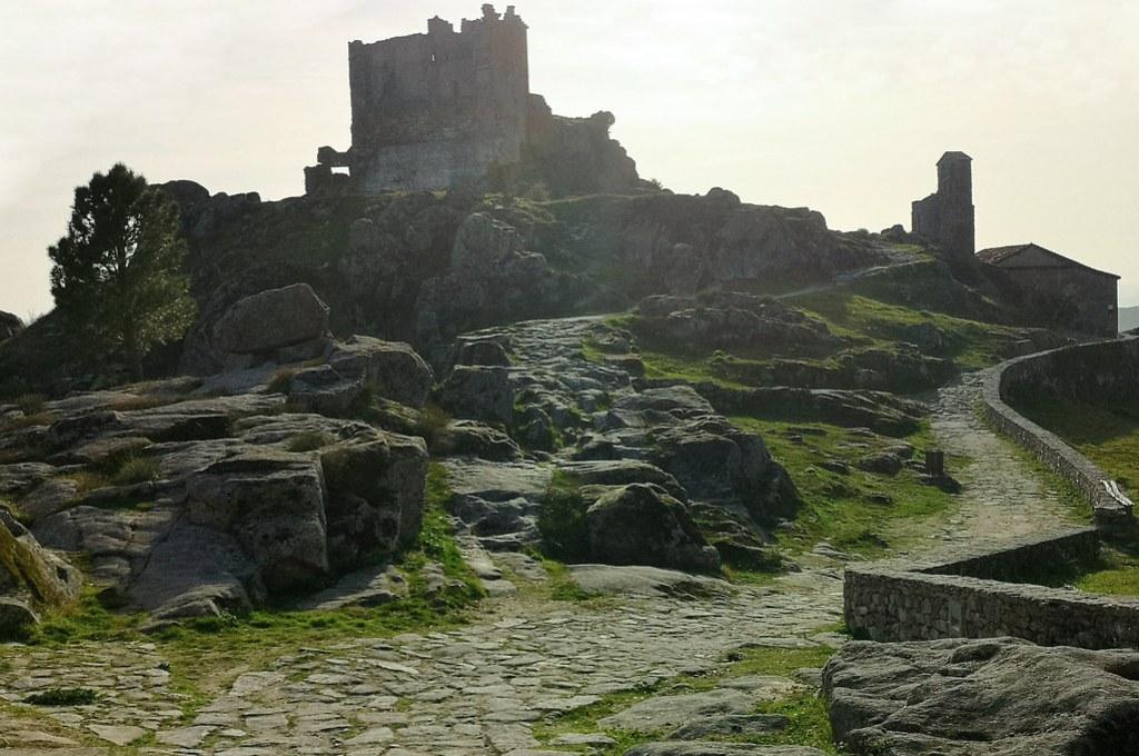 Castillo de Trevejo Sierra de Gata Caceres 05