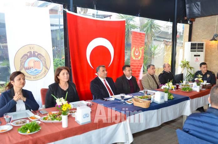 Gaye-Coşkun,-Mustafa-Harputlu,-Adem-Murat-Yücel,-Haşim-Çakmaklı,-Serkan-Akbaba,-Alper-Avcı