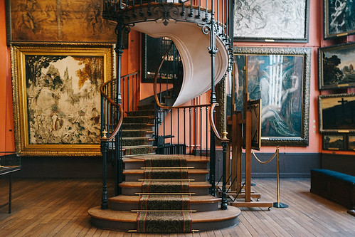 Musée des Arts Décoratifs tem o que é in e o que é out na decoração e no design