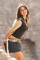 South Actress SANJJANAA Photos Set-4 (40)