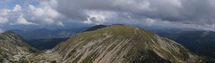 Panorama nord-estică de pe vârful Cârja